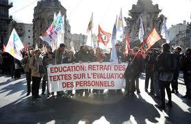 Pourquoi les enseignants ont raison de s'opposer au projet de révision de leur évaluation dans Luttes, grèves, manifs 111215_manif_enseignants
