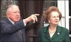 Ken Loach sur Margaret Thatcher: dans BREVES 130410_thatcher_pinochet