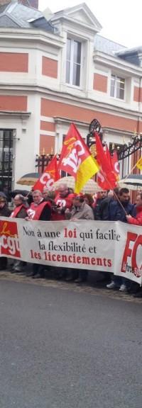 Rassemblement du 9 avril 2013 : les communistes saint-quentinois contre l'ANI