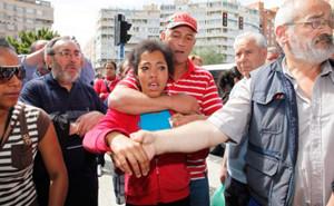 « Renvoyez-moi à Cuba ! » : le cri d'un « dissident » cubain mis à la rue par la police de son pays d'accueil, l'Espagne dans Faire Vivre et Renforcer le PCF 130512_martinez_alicante_cuba