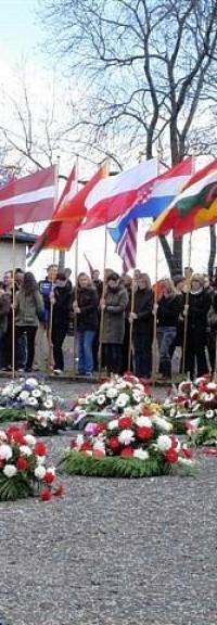 Faire entendre le NON à l'UE du capital, contre l'idéologie dominante, contre sa diversion d'extrême-droite, malgré le Front de gauche et le PGE ! – Pour rappel, la déclaration d'anciens résistants et déportés pour le NON en 2005.